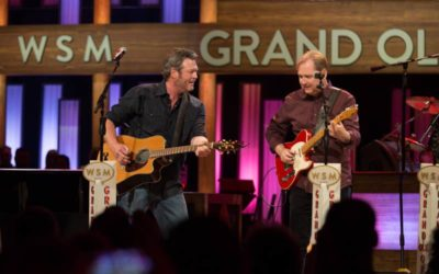 "Steve Wariner & Blake Shelton Duet on Hit Song ""Lynda"" During Special Grand Ole Opry Performance"